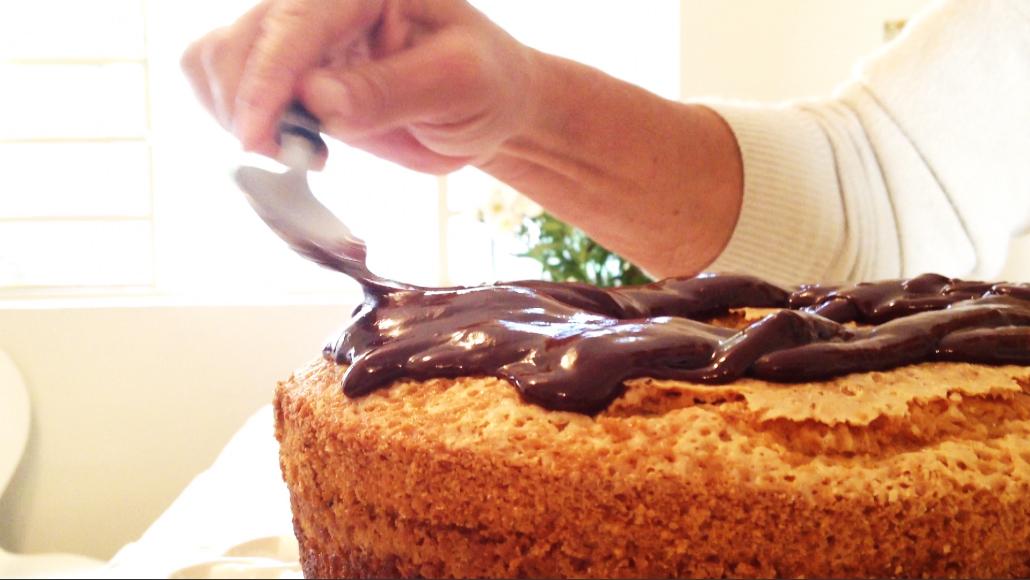 Aprenda a preparar essa delícia com a Lutti Bolos